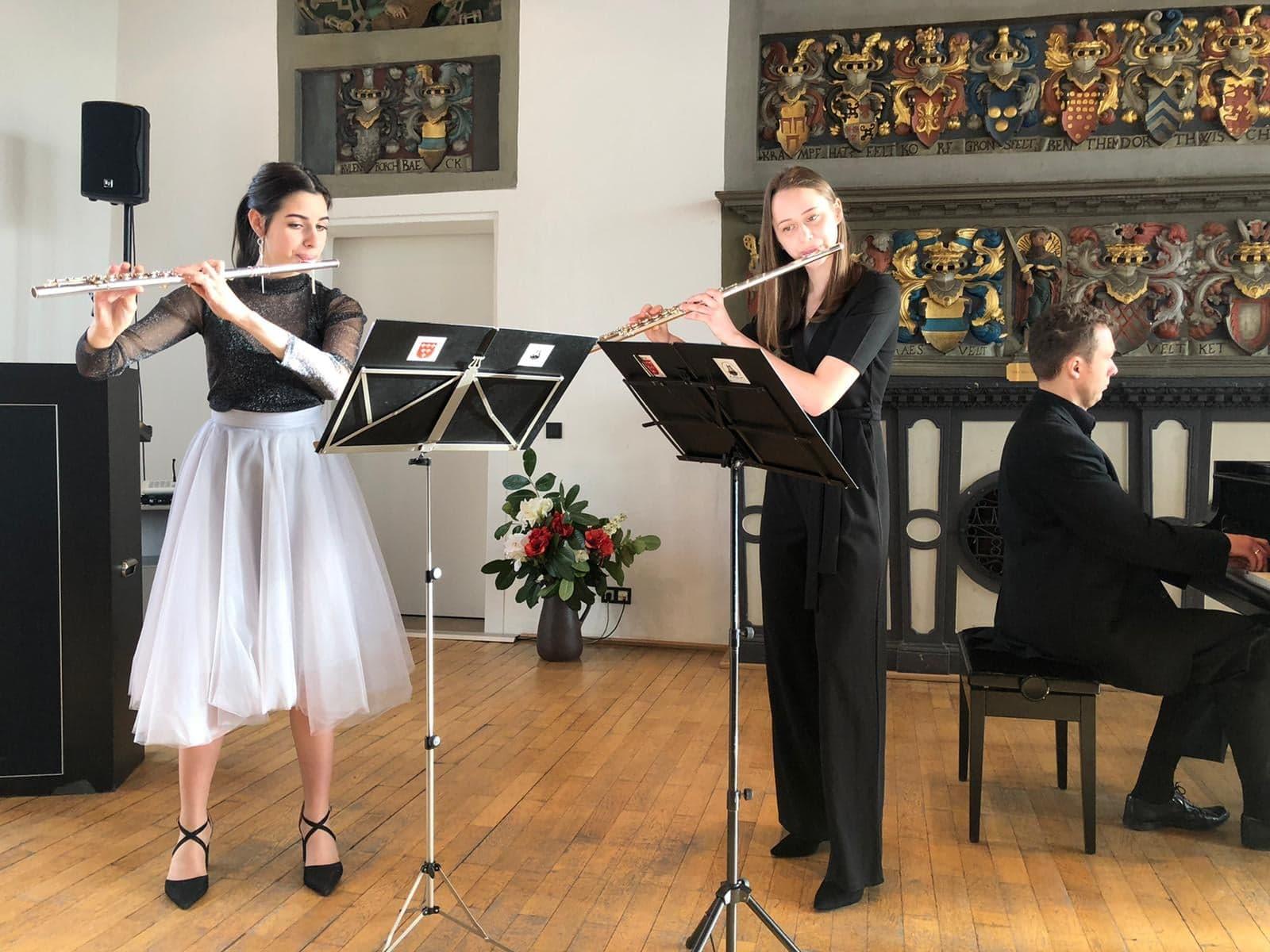 Młodzi nyscy muzycy na zamku Lüdinghausen