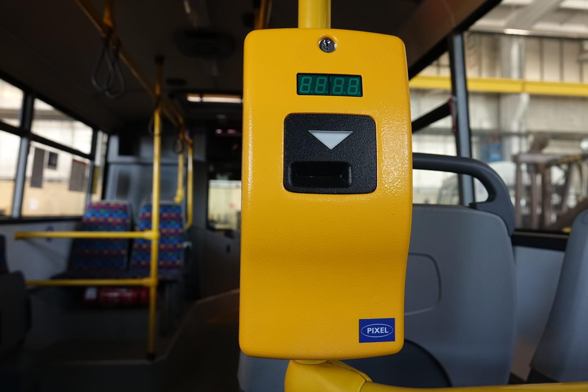 Jak autobusy kursują w długi weekend?