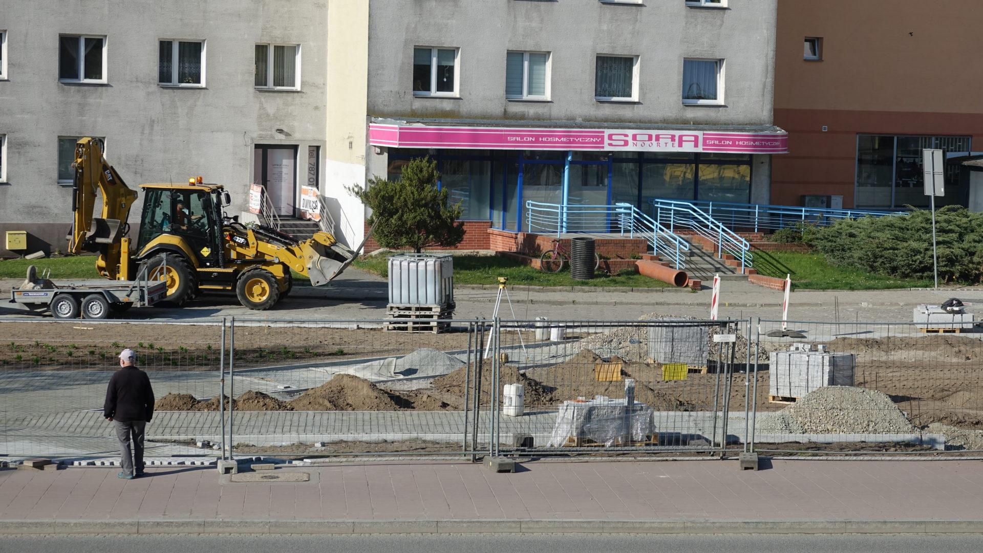 Trwa remont skweru w centrum miasta