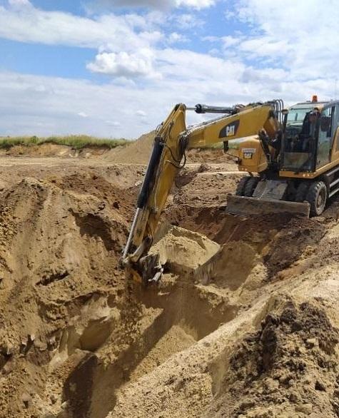 Nielegalne pozyskiwanie piasku.
