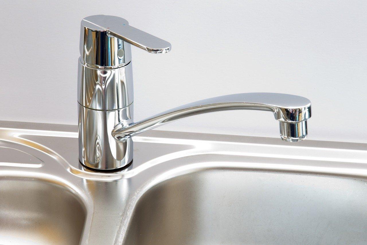Wstrzymanie dostawy ciepłej wody