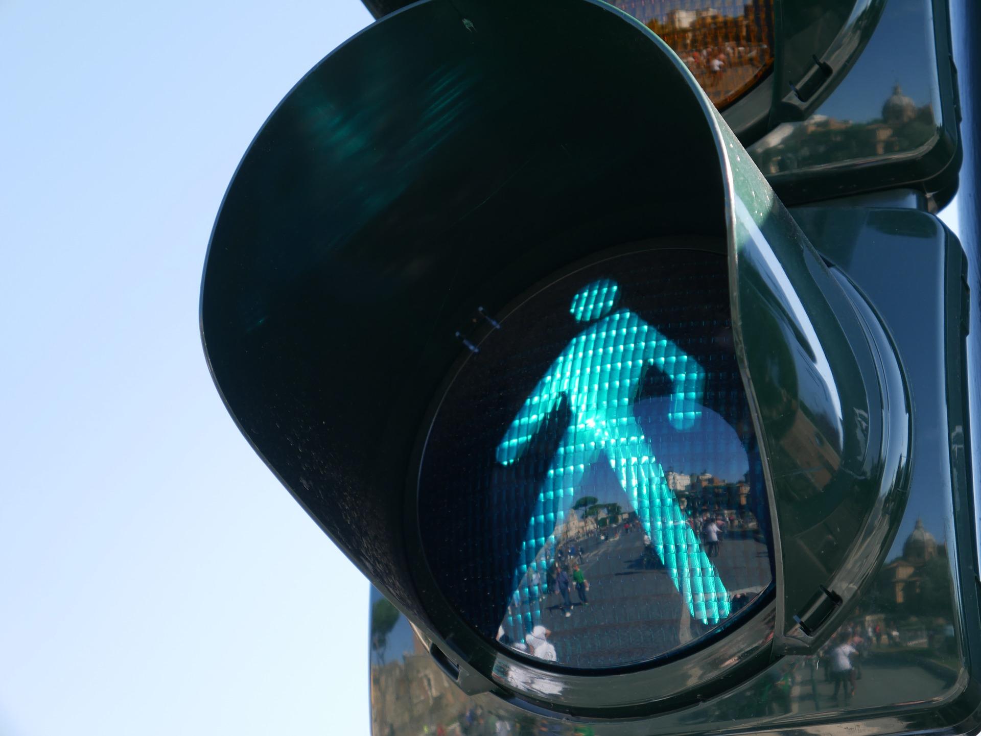 Bezpieczniej na przejściach dla pieszych
